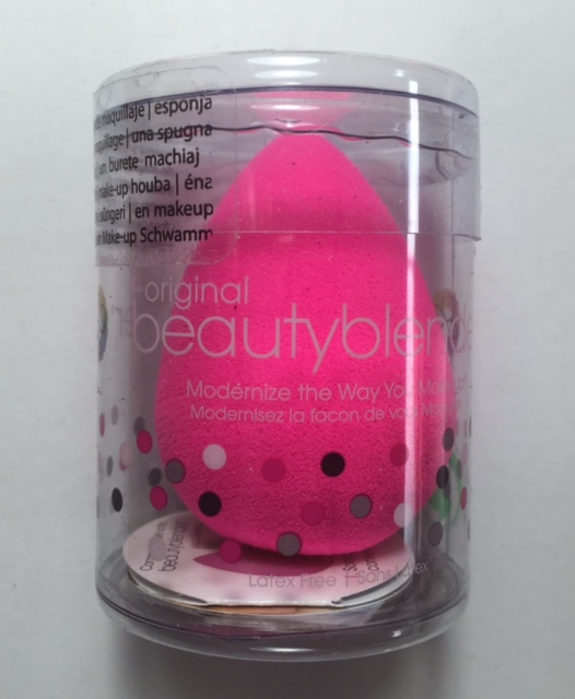beauty-blender-beautyblender-original-nude-pro-noir-eponge-maquillage-real-techniques-utilisation-application-nettoyage-lavage-demonstration-bacteries-fond-de-teint-blush-pinceau-doigt-meilleure-eponge-teint-naturel-couvrance-modulable_3